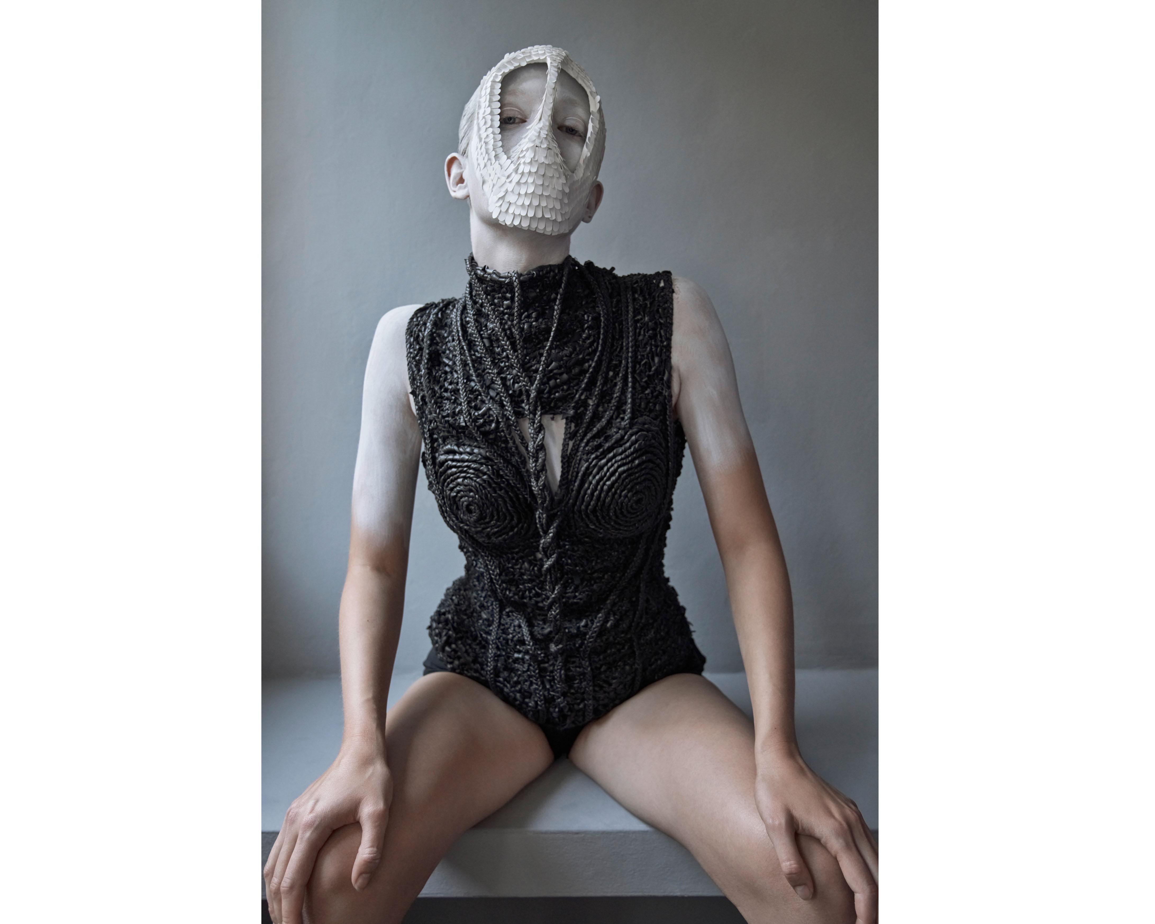model: marie louwes @marie.louwes c/o @megamodelagency mask + body by lara packheiser @larapackheiser styling by irina skladkowski @skladkowski foto by thomas rusch @thomasrusch #20mask20