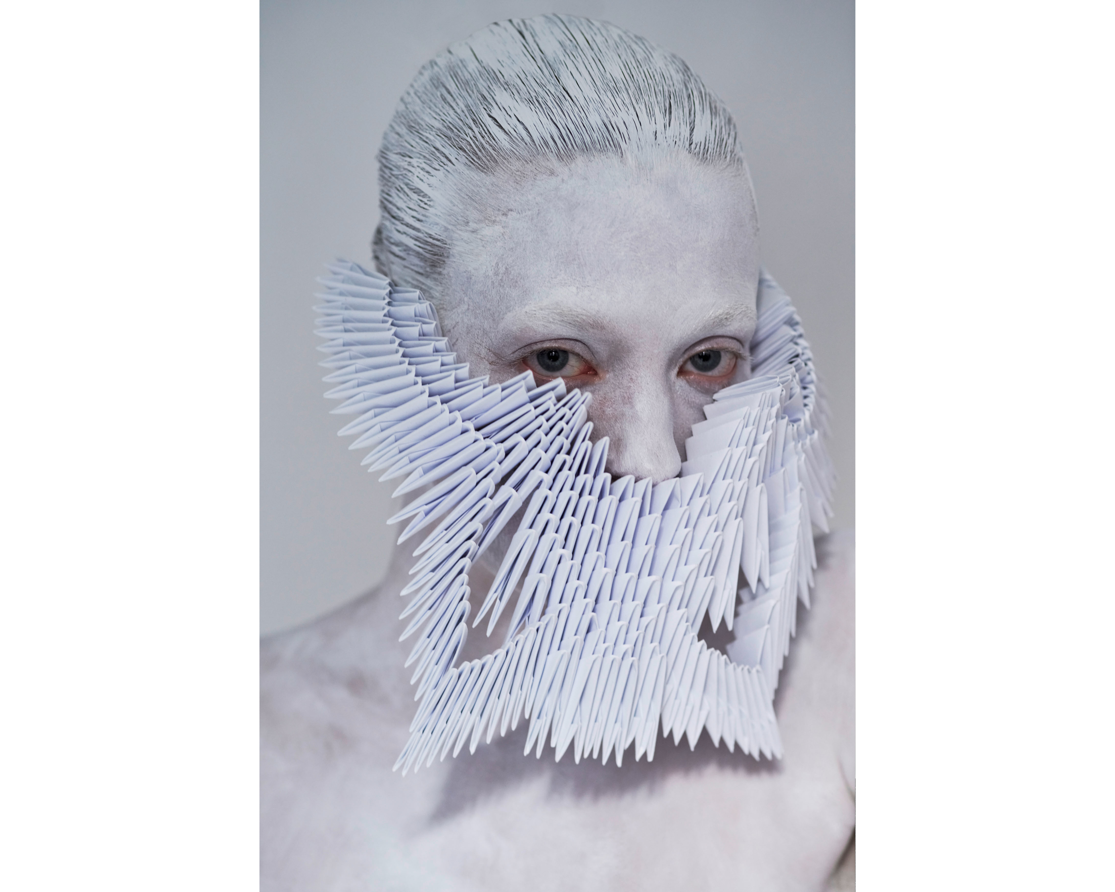 model: marie louwes @marie.louwes c/o @megamodelagency mask by lara packheiser @larapackheiser foto by thomas rusch @thomasrusch #20mask20